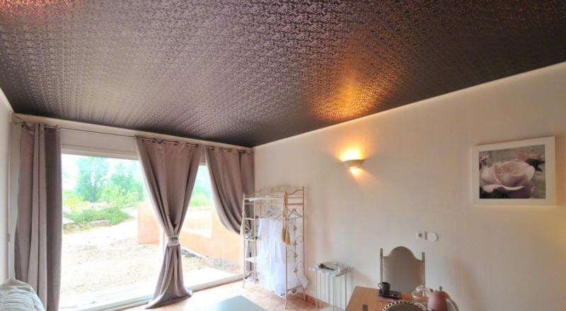Красивые и качественные тканевые натяжные потолки