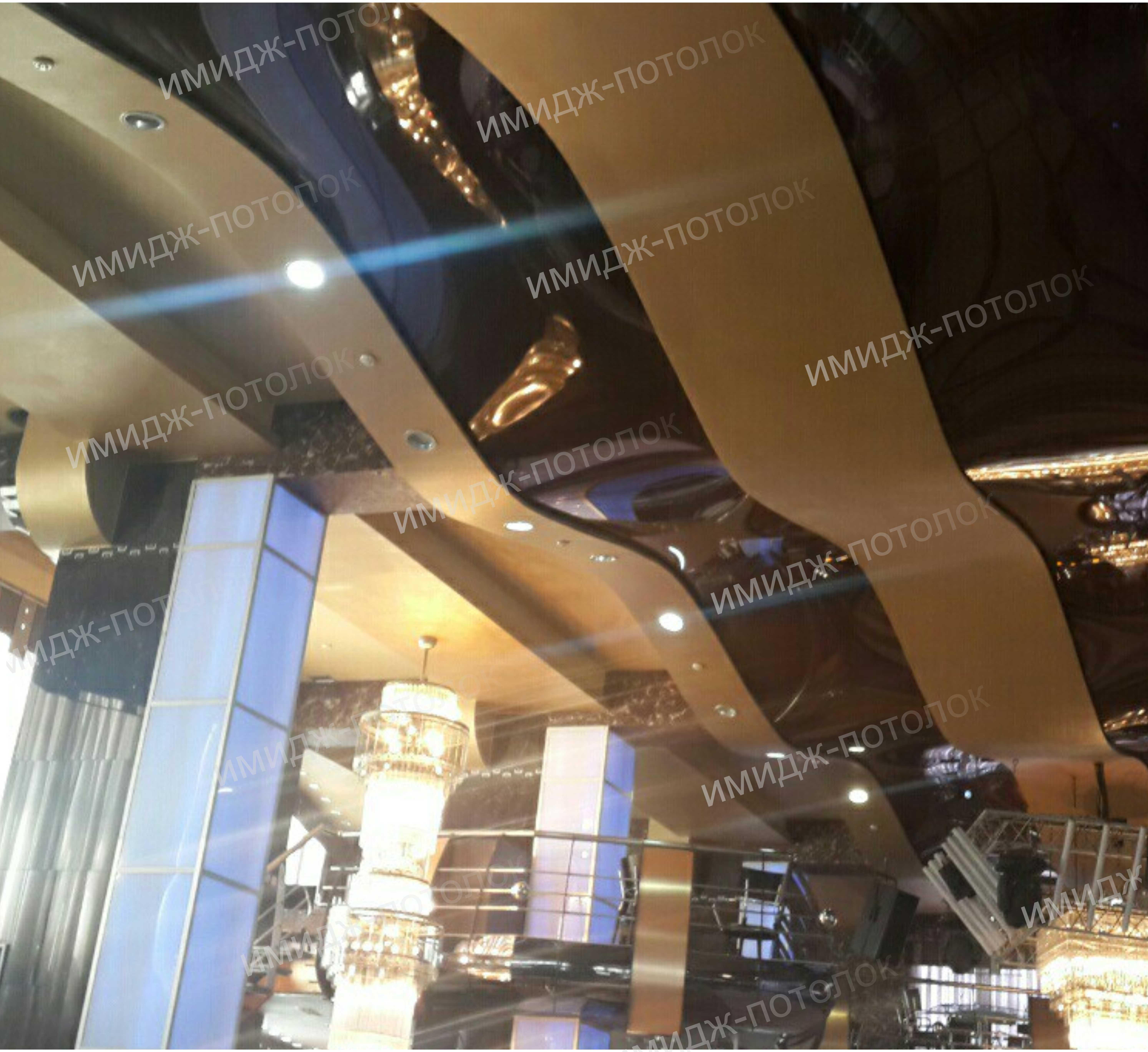 Цветной натяжной потолок. Какой лучше?