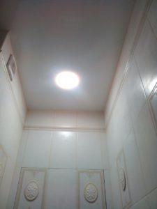 Натяжные потолки для ванной от компании